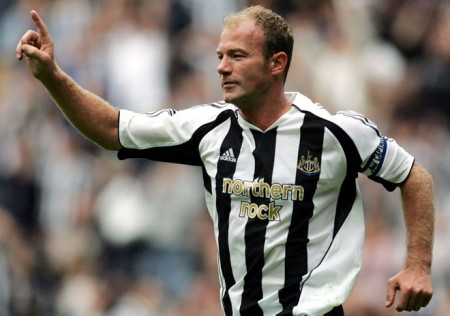 Alan Shearer e1312804974113 Top 10 Premier League Scorers of All Time