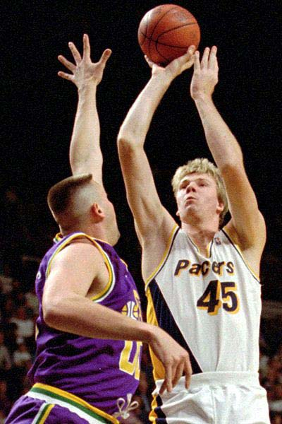 pg2 a smits 400 Top 10 Tallest Players in NBA History