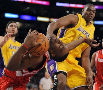 Andrew Bynum has time to come up with new finishing moves while he's on the bench