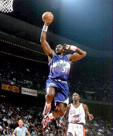 Karl Malone Dunks as Clyde Drexler watches