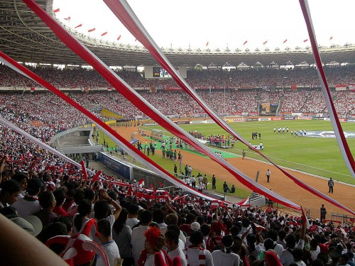 Gelora Bung Karno Stadium e1317722817986 Top Ten Biggest Soccer Stadiums in the World