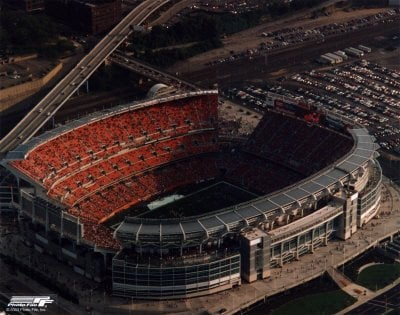 6a00e5538b9f7a8833010536a2a7d6970c 400wi Top Ten Biggest NFL Stadiums