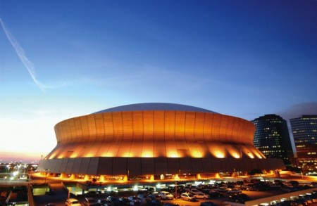 Mercedes Benz Superdome e1319454158337 Top Ten Biggest NFL Stadiums