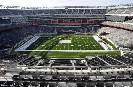 MetLife Stadium e1319454365241 Top Ten Biggest NFL Stadiums