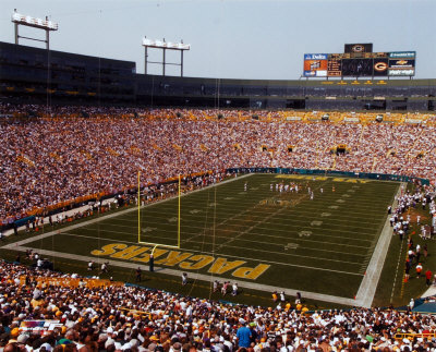 lambeau field Top Ten Biggest NFL Stadiums
