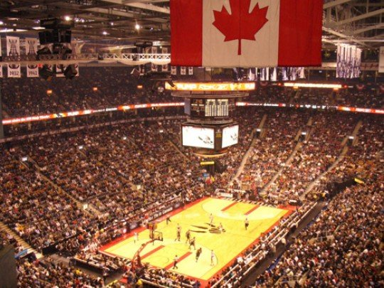 Air Canada Centre e1323857803603 Top Ten Biggest NBA Arenas