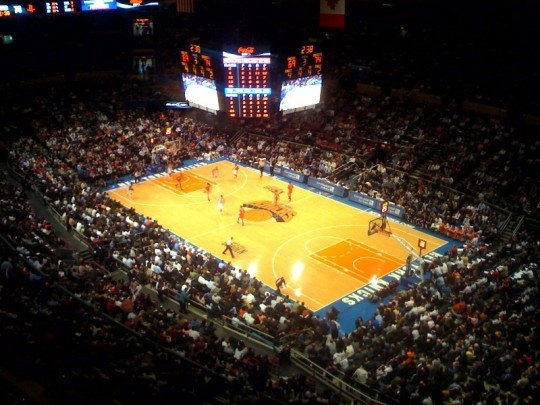 Madison Square Garden e1323857540286 Top Ten Biggest NBA Arenas