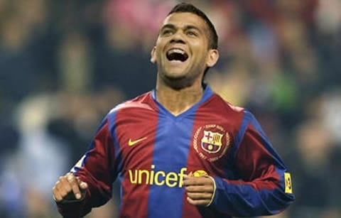 Dani Alves Top Five Full Backs in the World