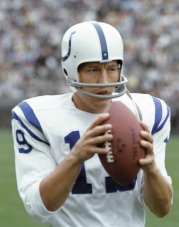 johnny unitas1 Top Ten NFL All Time Passing Touchdowns Leaders
