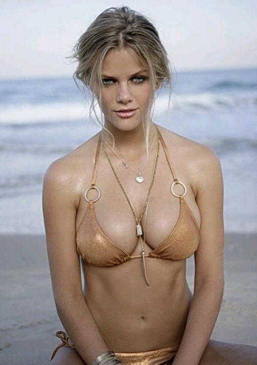 Brooklyn Decker Summer Edition – WAGS in Bikinis