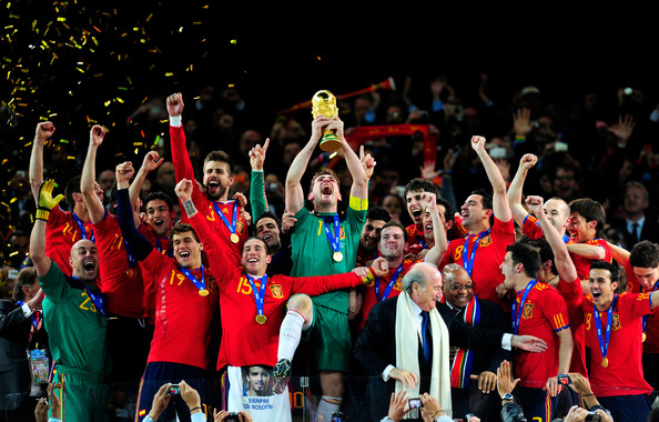 Spanish Team Top 9 Photos From the 2010 FIFA World Cup Final