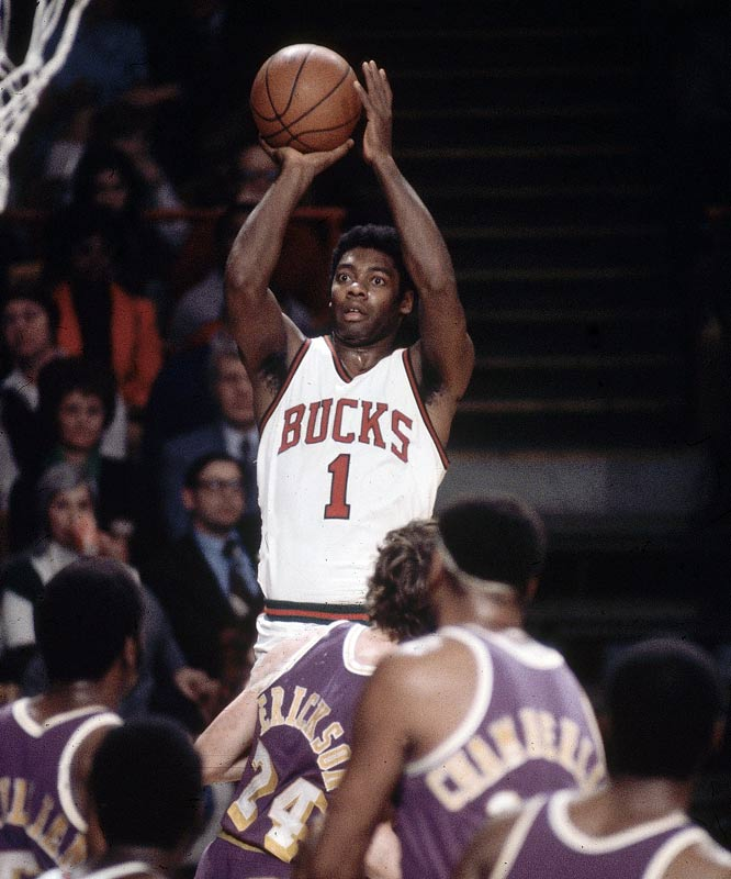 Oscar Robertson The NBAs Top Ten Point Guards Of All Time