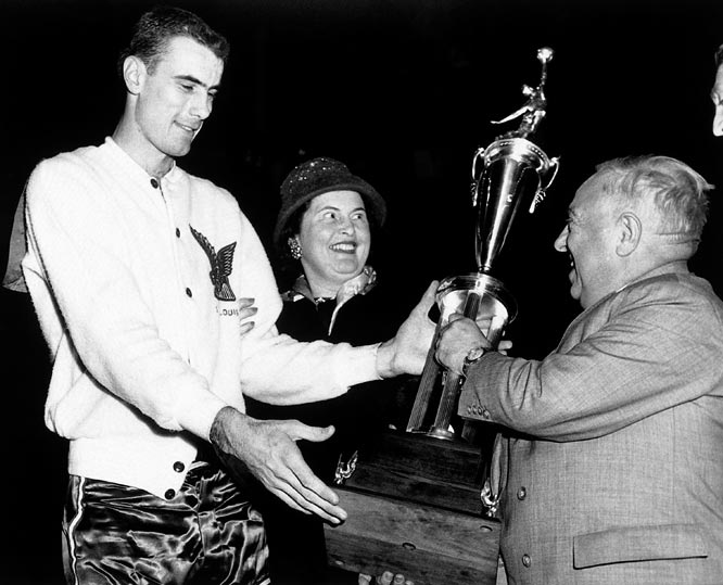 Bob Pettit The NBAs Top Ten Power Forwards of All Time