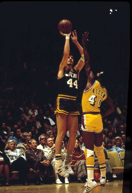 Pete Maravich The NBAs Top Ten Shooting Guards of All Time