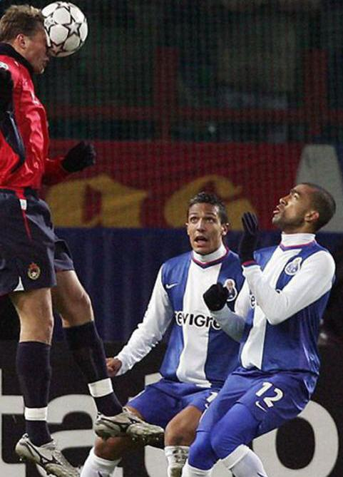 Bosingwa Looking 15 Of the Funniest Soccer Pictures Ever