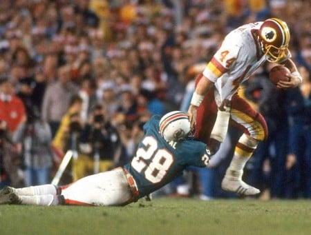 John Riggins e1296354182264 The History of the Super Bowl in Pictures Part I