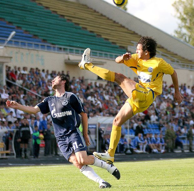 Kick to the face 15 Of the Funniest Soccer Pictures Ever