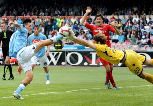 Marek Hamsik e1295277784855 15 Of the Funniest Soccer Pictures Ever