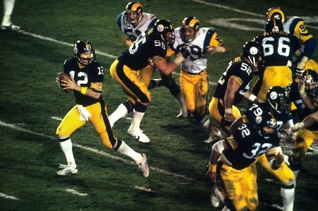 Terry Bradshaw1 e1296353063719 The History of the Super Bowl in Pictures Part I