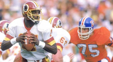 Doug Williams e1296560737222 The History of the Super Bowl in Pictures Part II