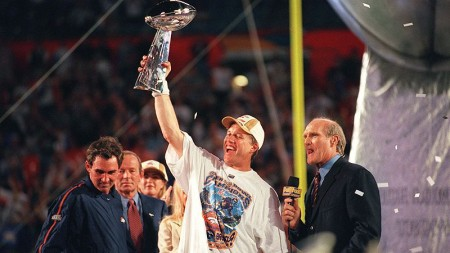 John Elway1 e1296571891572 The History of the Super Bowl in Pictures Part II