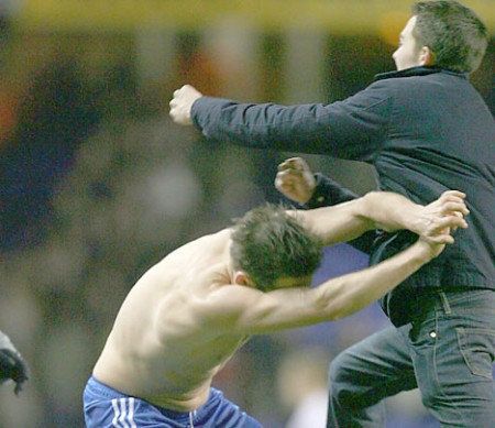 Frank Lampard1 e1299339302540 When Sport Fans Attack
