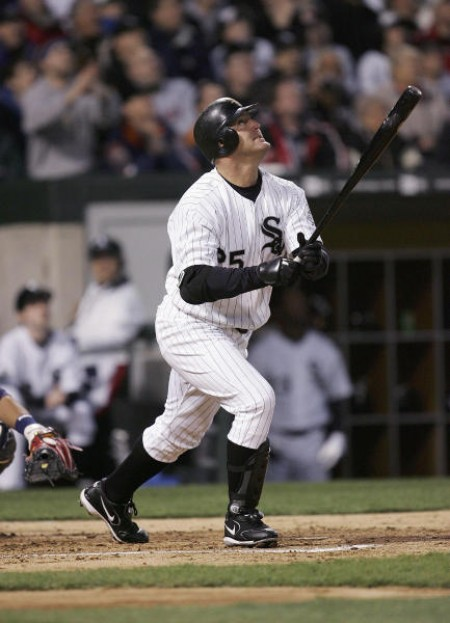 Jim Thome e1301331625871 The Ten Oldest Players in MLB Heading into the 2011 Season