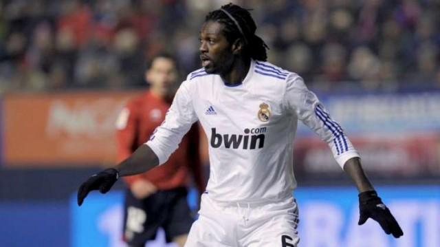 Emmanuel Adebayor e1308469986933 Highest Paid Footballers in the World for 2010 2011