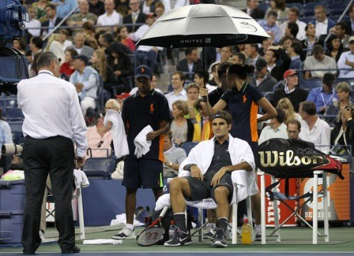 Roger Federer1 e1315573341799 Rain Delay Aint a Problem for Roger (Federer vs Tsonga)