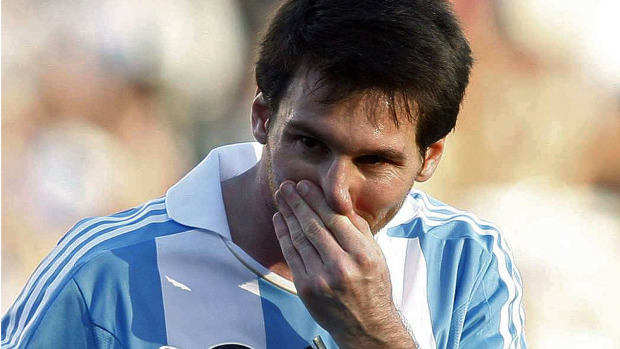Lionel Messi2 Messi Isnt the Only Problem (Argentina vs Bolivia)