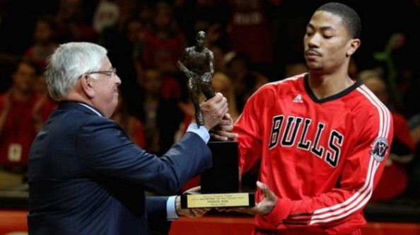 Derrick Rose3 e1324518375284 Top Five Point Guards in the NBA, Going Into 2011 2012