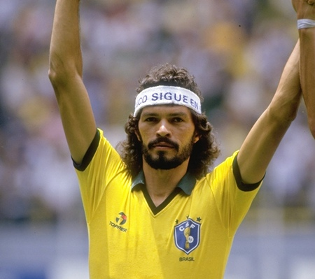 Socrates Legendary Brazil Captain Socrates Dies at 57