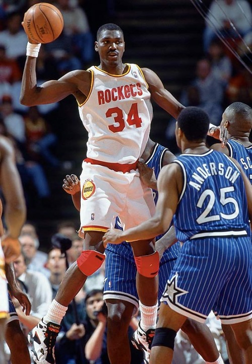Hakeem Olajuwon e1328788094330 NBA Franchises All Time Leading Scorers