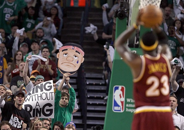 http://sportige.com/wp-content/uploads/2012/02/LeBron-James-FT-e1329494219128.jpg
