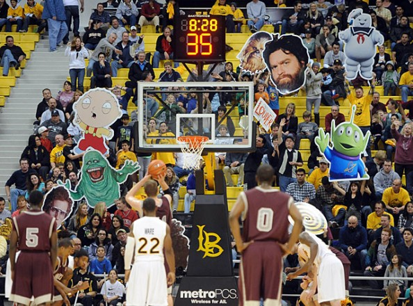 Long Beach State Fans e1329494973205 Awesome Ways to Distract Free Throw Shooters