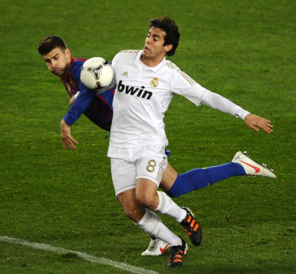 Kaka1 e1335001378302 Barcelona vs Real Madrid   All the Clasico Matches During the Guardiola & Mourinho Era