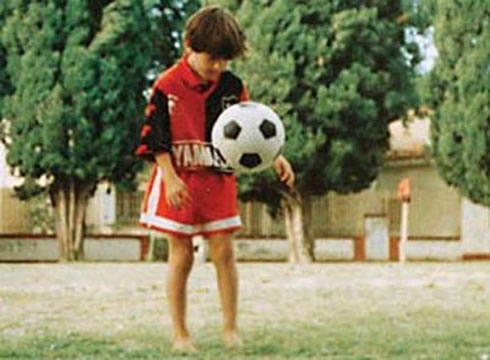 Young Lionel Messi 8 Year Old Lionel Messi Playing For Central Cordoba