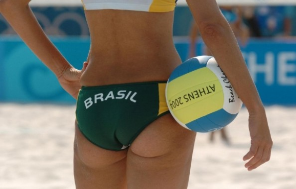 Beach Volleyball Bottom e1343215210486 16 Hottest Beach Volleyball Moments we Could Find