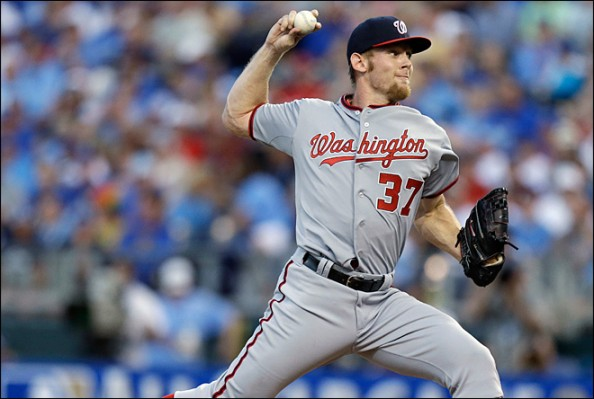 Stephen Strasburg e1345637108640 Felix Hernandez & Stephen Strasburg With No Postseason for Different Reasons