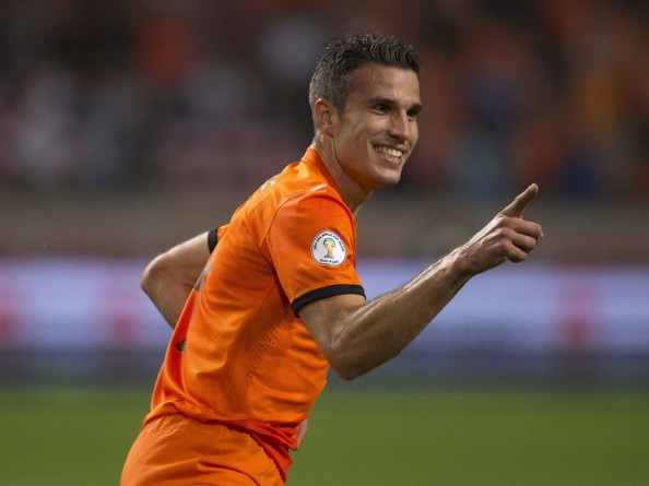 Robin van Persie Netherlands e1347091704284 2014 World Cup Qualifying   Summary & Results