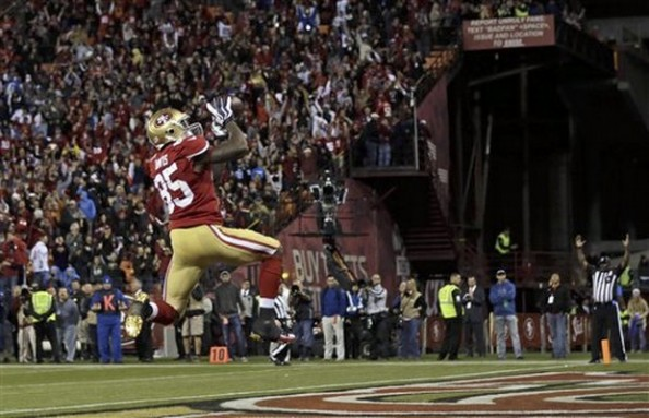 Vernon Davis 49ers e1348359024364 2012 NFL Season   Week 3 Predictions
