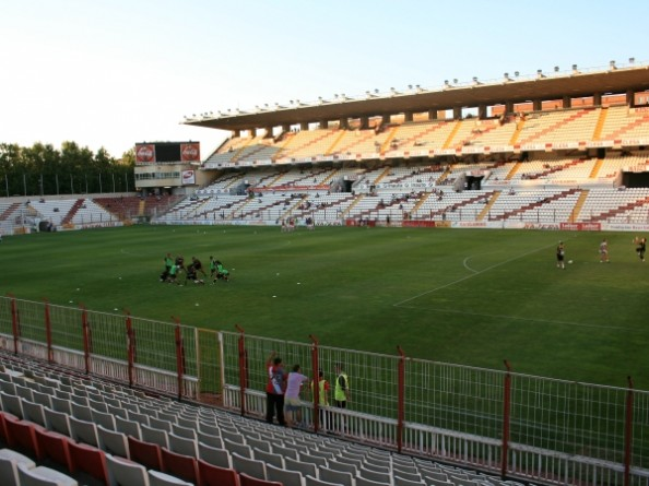 Campo de Vallecas e1349112485555 Smallest Stadiums in Europes Top Football Leagues