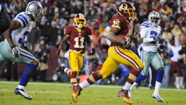 Alfred Morris e1356954940652 Washington Redskins   Alfred Morris Carries, Robert Griffin III Follows