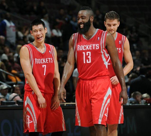 Jeremy Lin James Harden e1355056180611 Houston Rockets   Whats the Problem With Jeremy Lin