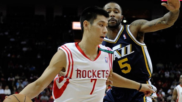 Jeremy Lin e1354453655872 Houston Rockets   Jeremy Lin Shows Hes Here Too