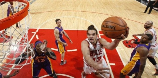 Joakim Noah Chicago e1358862245676 The Sad Story of the Los Angeles Lakers on the Road