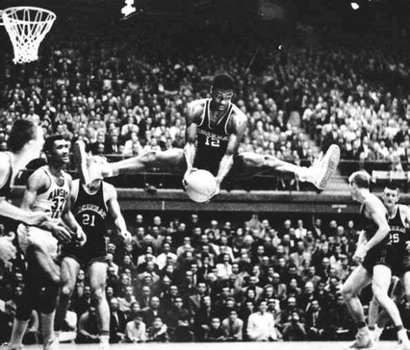 Oscar Robertson e1358262113265 Fastest NBA Players to 20,000 Points
