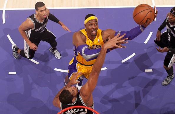 Dwight Howard vs Spurs