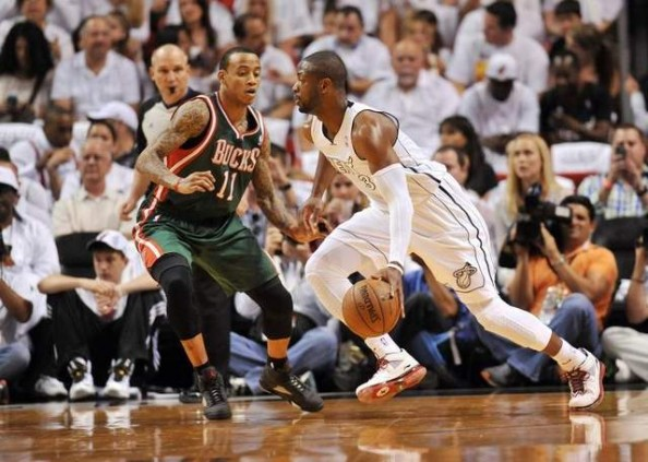 Dwyane Wade vs Bucks