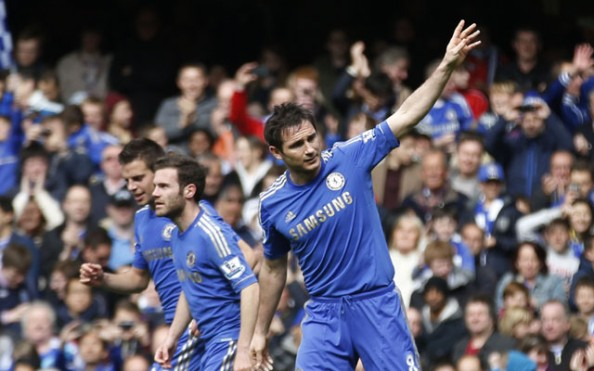 Frank Lampard e1367217817785 Chelsea FC   Eden Hazard, Juan Mata & Oscar Make Frank Lampard Look Good